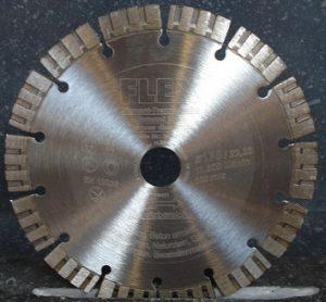 Disque diamanté Ø 170 mm pour Scie circulaire FLEX CS60 WET pour une utilisation universelle